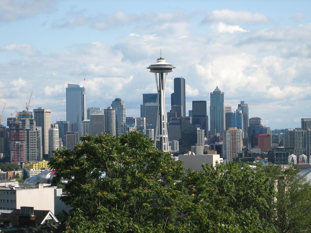 Seattle Skyline-flickr-craterdweller