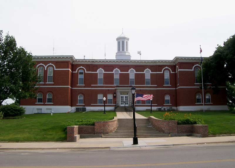 Small town america travel guide top 20 places you need to for Places to go for a mini vacation